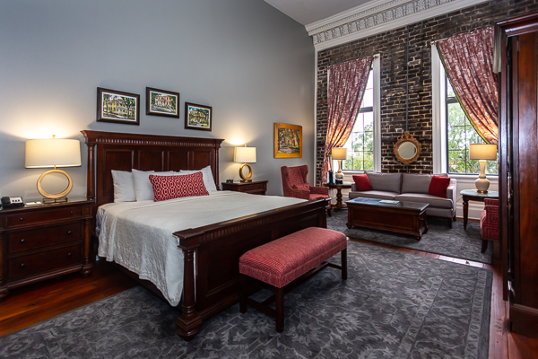 Superior King Hotel Room in Savannah